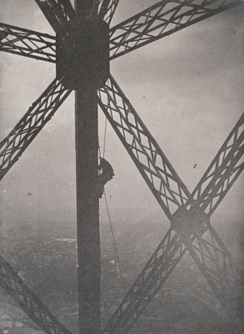Henri Rivière, The Eiffel Tower: Painter on a knotted rope along a vertical girder, below an intersection of girders, 1889.