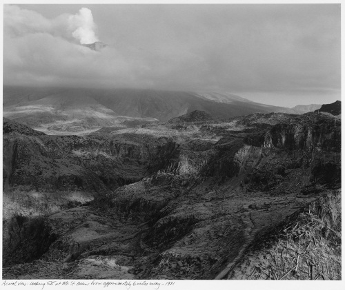 Frank Gohlke, Aerial View, Looking SE at Mount Saint Helens from Approximately Six Miles Away, 1981.