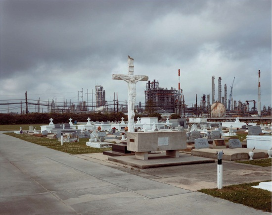 Richard Misrach, Holy Rosary Cemetery and Dow Chemical Corporation (Union Carbide Complex), Taft, Louisiana, 1998.