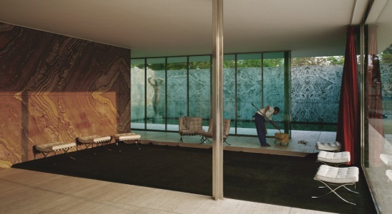 Jeff Wall, Morning Cleaning, Mies van der Rohe Foundation, Barcelona, 1999. Collection of the Walker Art Center, Minneapolis.