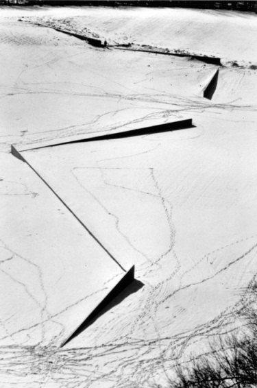 Richard Serra, Shift, 1970-72.