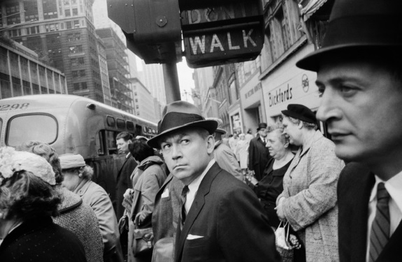 Garry Winogrand, New York, 1962.