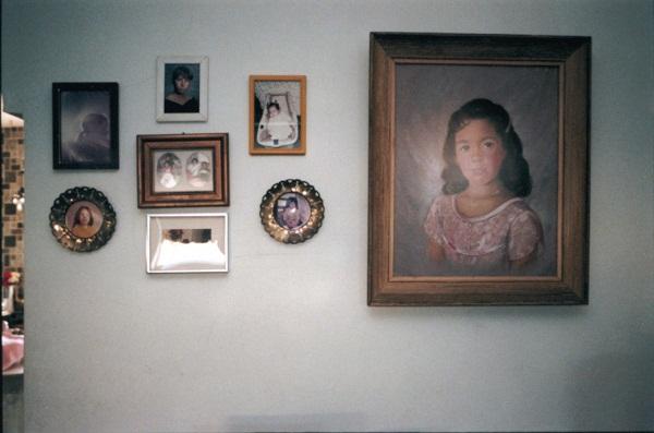 Zoe Strauss, 2922 Princeton Ave., Philadelphia, 2004.