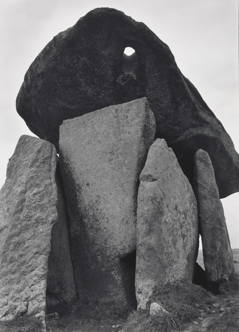 Paul Caponigro, Trethevy Quoit, Cornwall, England, 1977.