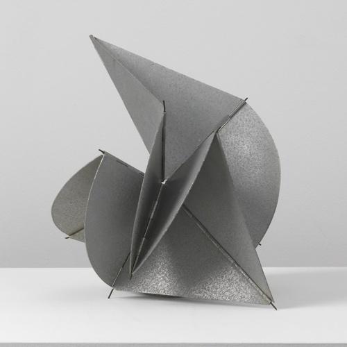 Lygia Clark, Bicho Contrario II (maquette) [Contrary Critter], 1961.