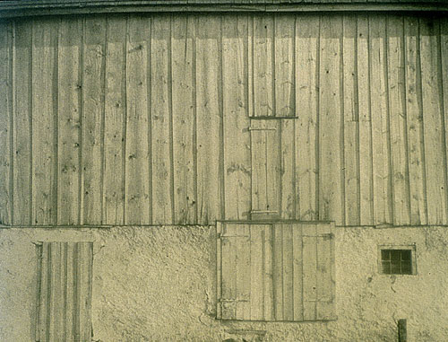 Charles Sheeler, Side of White Barn, 1915.