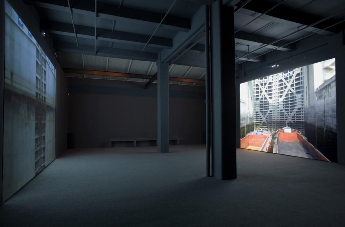 Catherine Yass, Lock (installation view), 2006.