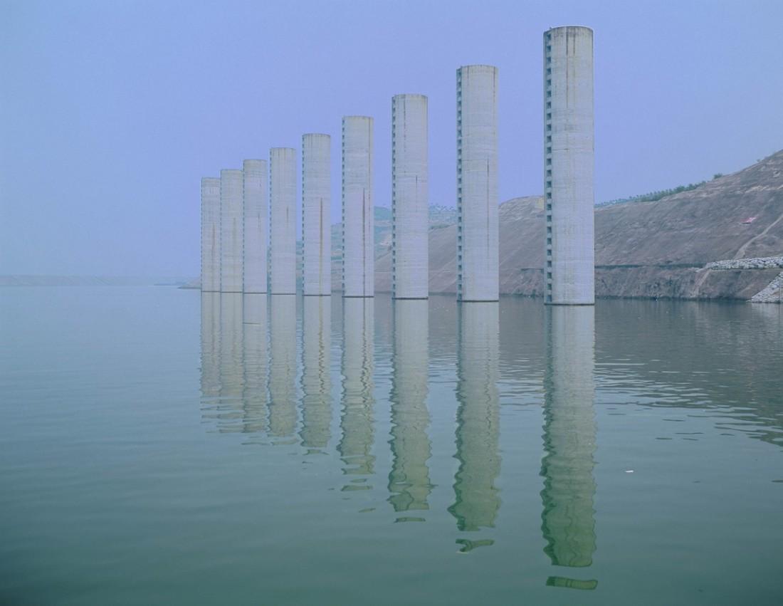 Catherine Yass, Lock (columns), 2007. Ilfotrans transparency, light box.