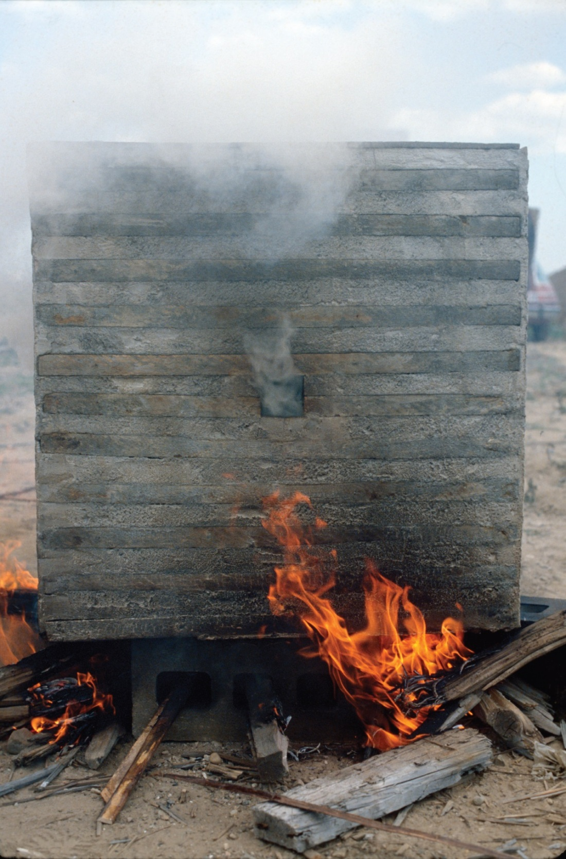 Jackie Winsor, Burnt Piece, 1977-78.