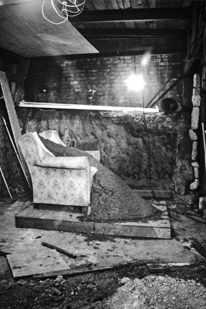 Basement, 500 Capp Street, circa 1987. David Ireland photograph.