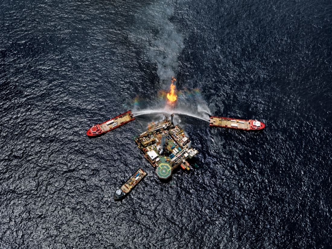 Oil Spill #5, Q4000 Drilling Platform, Gulf of Mexico, USA, 2010.