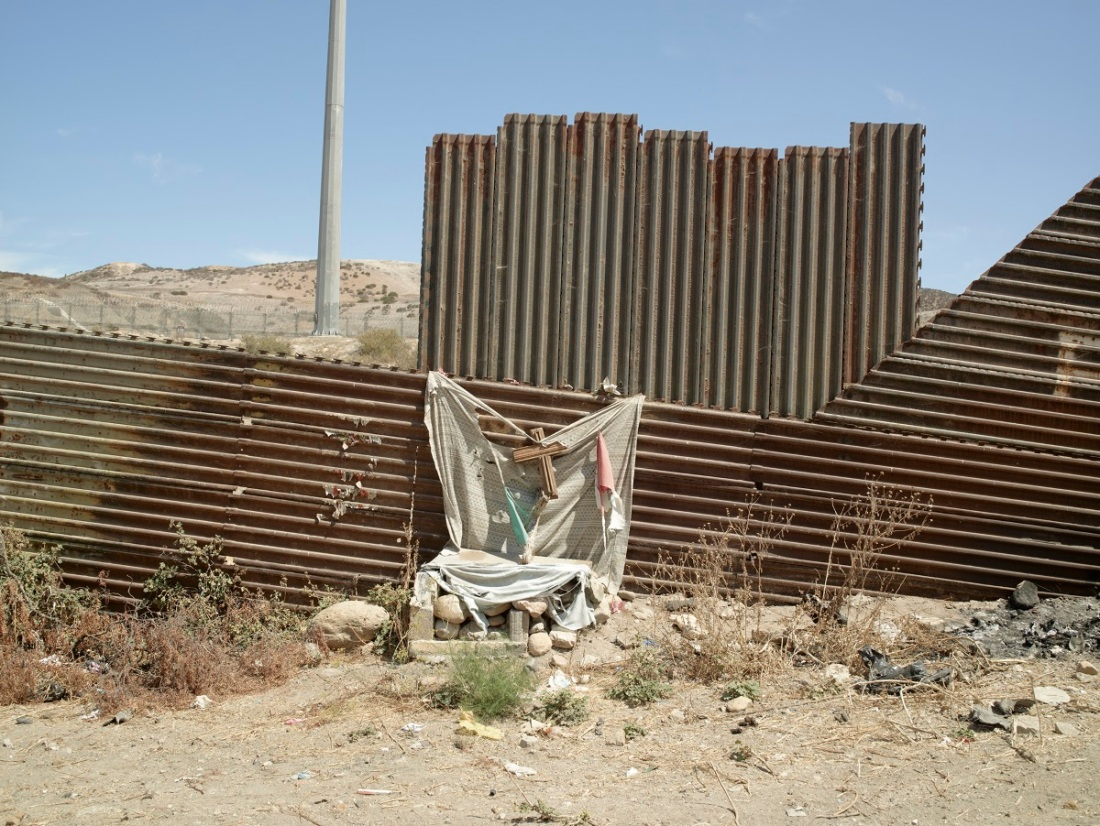 Richard Misrach, Altar, Colonia Libertad, Tijuana, Mexico, 2014.