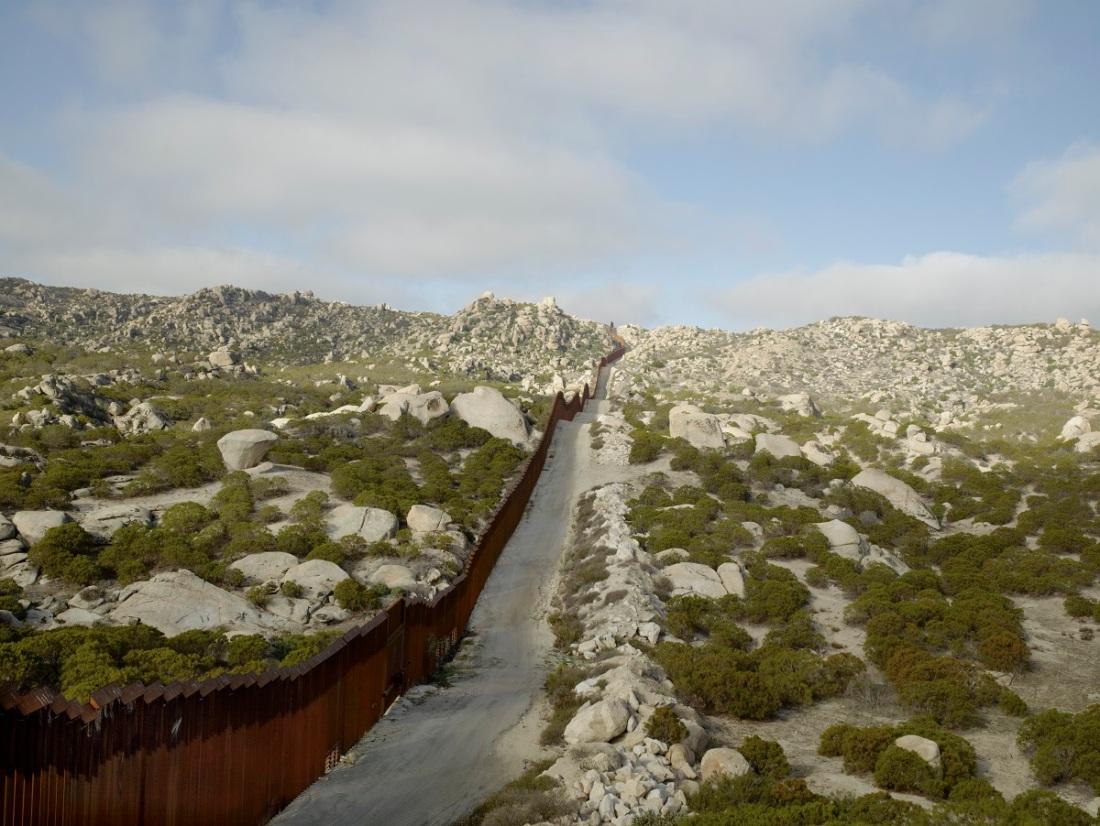 Richard Misrach, Wall, Tierra del Sol Road, Boulevard, California, 2014.