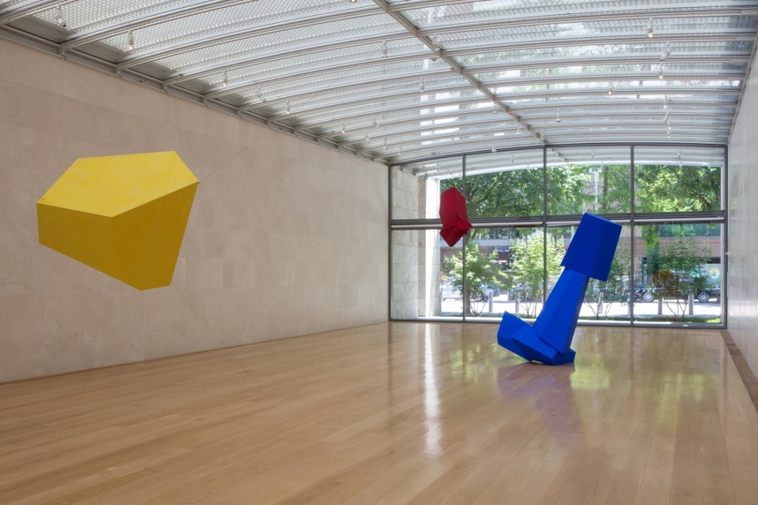Joel Shapiro, Nasher installation view with Yellow Then, Flush and Really Blue (after all), 2016.