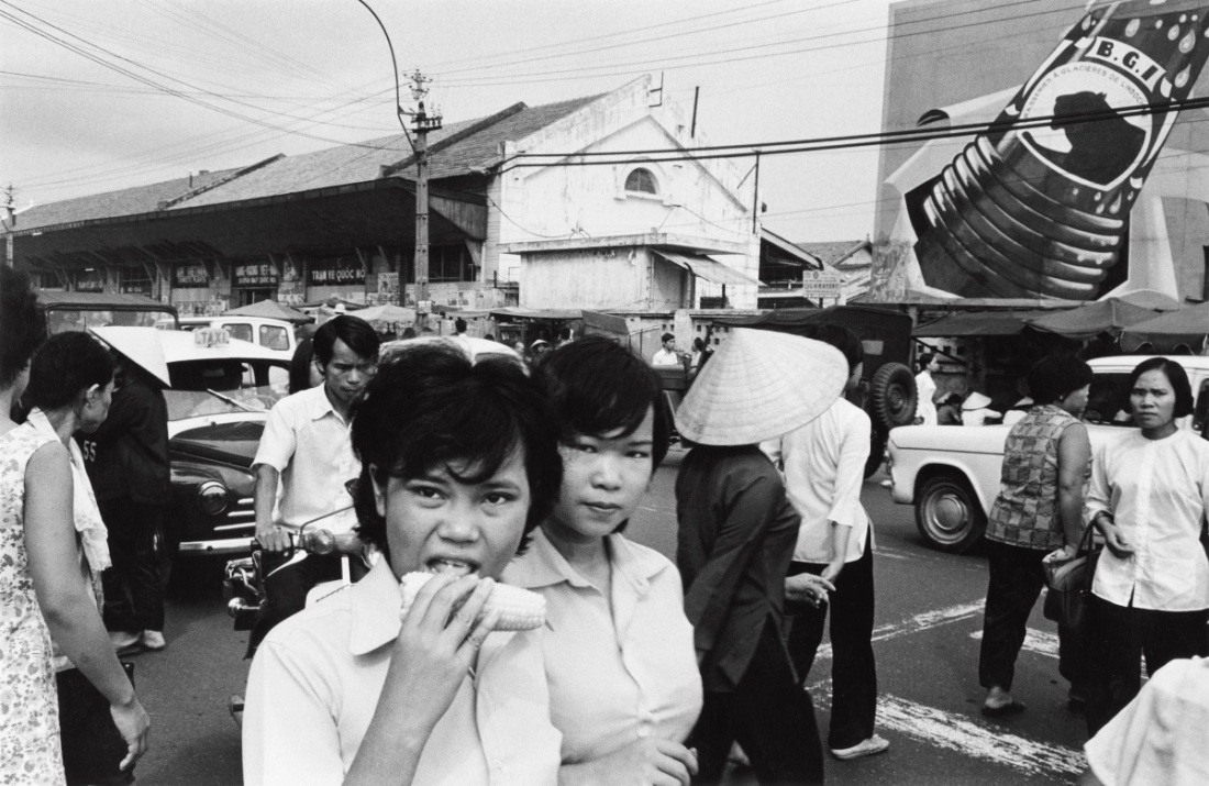 Anthony Hernandez, Saigon #2, 1972.