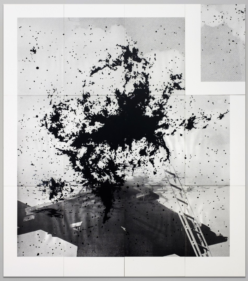 Lorna Simpson, Black Nebula, 2016.